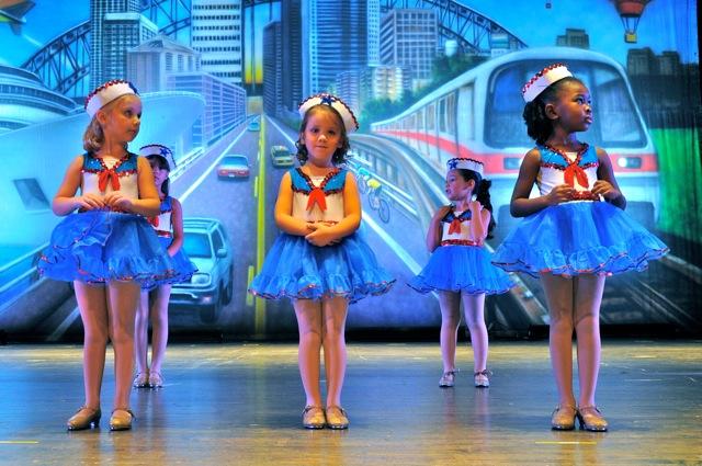 Dance Recital - On The Go Backdrop