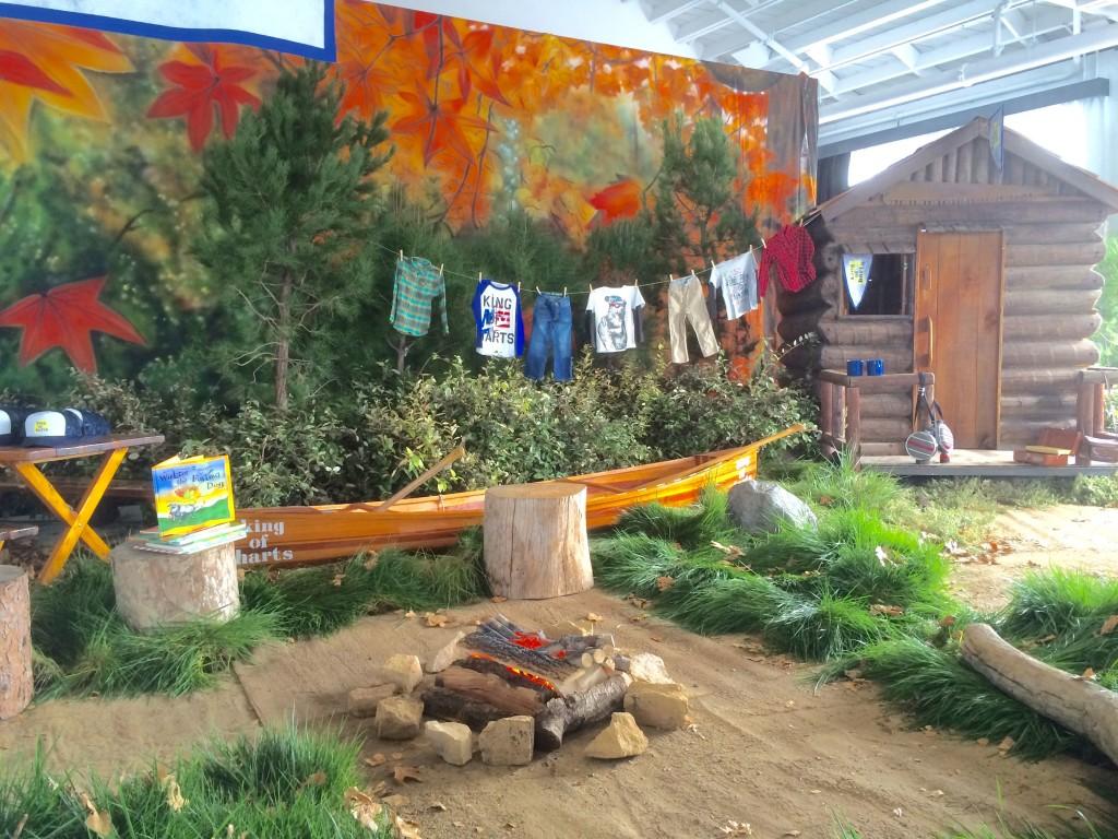 Fall Event Design Inspiration - Woodlands 6 Log